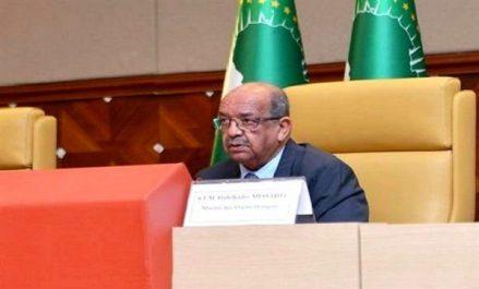 Sommet arabe: Messahel met en avant l'attachement de l'Algérie à l'unité arabe