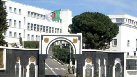 Six narcotrafiquants arrêtés et plus de 175 kilogrammes de kif traité saisis à Tlemcen, Ain Témouchent et Tebessa(MDN)