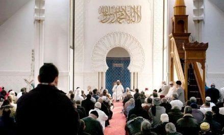 l'Imam algérien de plus en plus sollicité à l'étranger !