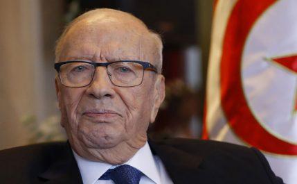 Tunisie : Le parti présidentiel soutiendra Caïd Essebsi, 92 ans, s'il veut rempiler