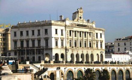 Algérie-Cuba: signature d'un accord de création du Conseil d'affaires mixte