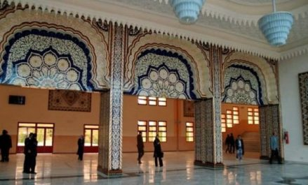 La situation de la langue arabe au sein de l'école maghrébine en débat mardi à Tlemcen
