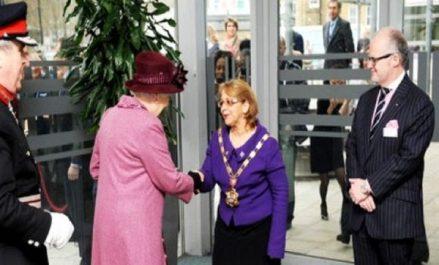 Une Algérienne maire pour la 4ème fois à Londres