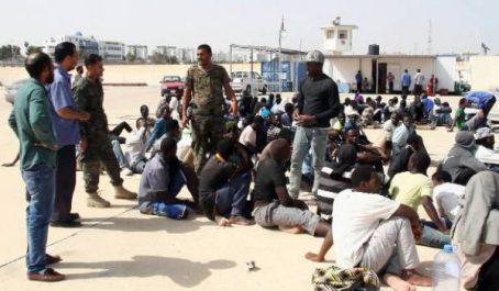Des défenseurs des droits de l'Homme dénoncent l'expulsion de plus de 1500 migrants subsahariens d'Algérie !
