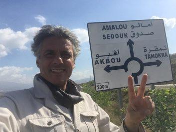 """Poursuivi pour """"attroupement illégal"""" avec quatre autres citoyens : Rachid Nekkaz devant le tribunal d'Akbou aujourd'hui"""