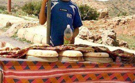 Vendeurs de pain et de Kalb Elouz, histoires d'enfants à la rescousse de leurs familles