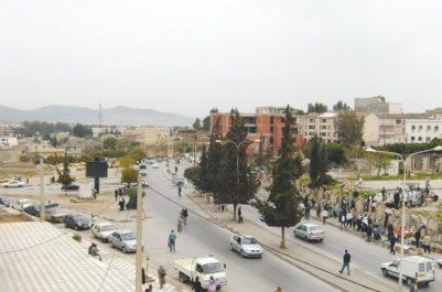 La nouvelle route d'accès entre le CW 73 et la cité AADL d'Aïn El Beïda fermée: Les habitants pénalisés par les chantiers éternels de construction