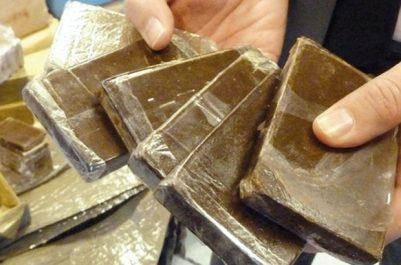 Découverte de plus de 24 kg de kif traité au large de l'île de Rachgoun