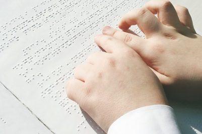 Université de Tamanrasset : Une copie de thèse de master en braille