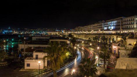 Vidéos: Deux touristes russes découvrent le Ramadan en Algérie