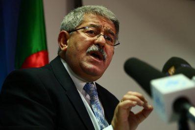 Le RND disposé à participer à tout dialogue dans le respect de la Constitution et des institutions (Ouyahia)