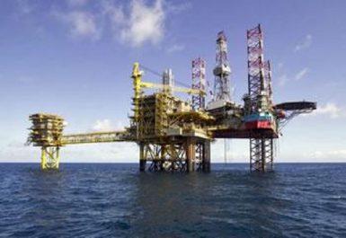 L'augmentation, probable, de la production OPEP-Non OPEP pèse sur les prix: Le baril baisse pavillon