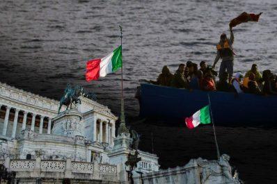 """Au-delà de 90 jours, les """"migrants"""" algériens considérés indésirables en Sardaigne!"""