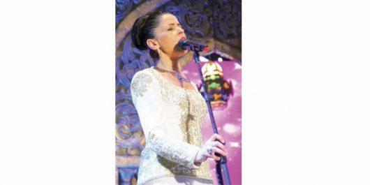 """Elle signe son Come-Back avec le spectacle """"Nos retrouvailles"""": Salma Kouiret chantera ce soir à l'Opéra d'Alger"""