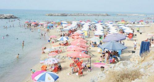 Skikda : Plus d'un million d'estivants dans les plages en une semaine