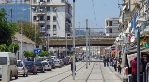 Vidéo: effondrement d'un balcon à Hussein Dey, un mort