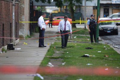 5 morts et des dizaines de blessés à Chicago