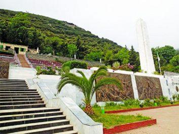 Meetings, rassemblements et recueillements annoncés des partis et de la société civile 20 août : Grand pèlerinage à Ifri Ouzellaguen