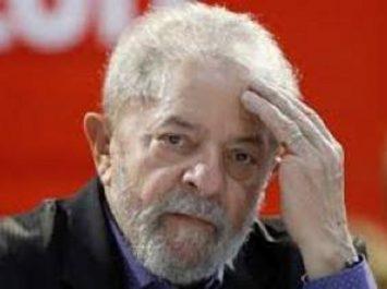 Brésil : dépôt de la candidature du prisonnier Lula à la présidentielle