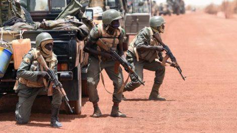 Mali: une vingtaine de terroristes tués