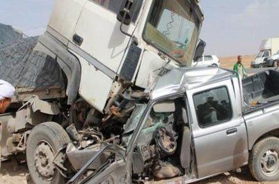 Axe Gdyel – Hassi Ben-Okba: Un octogénaire meurt dans une collision entre un camion et une voiture