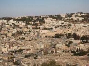 Des tombes de l'époque romaine découvertes dans un village d'al-Khalil en Palestine