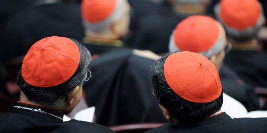 Plus de 1 000 enfants seraient victimes : Une enquête accuse 300 prêtres de pédophilie aux Etats-Unis