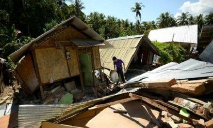 Indonésie: le séisme a fait plus de 156.000 déplacés