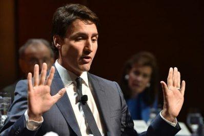 Ryad durcit le ton envers le Canada, Trudeau refuse de s'excuser