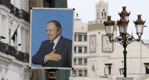 Bouteflika lauréat du prix de la paix d'une fondation US !