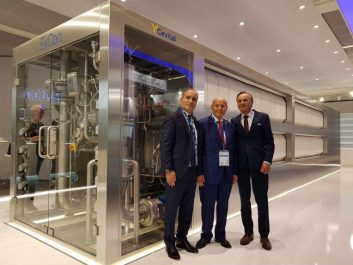 Issad Rebrab présente sa technologie de production d'eau ultra pure