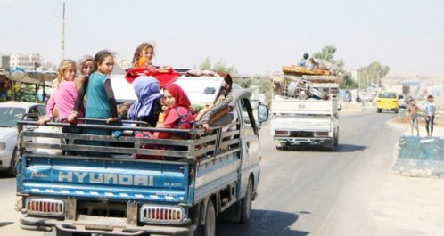 Craignant une escalade à Idlib : Des Syriens fuient vers la frontière turque