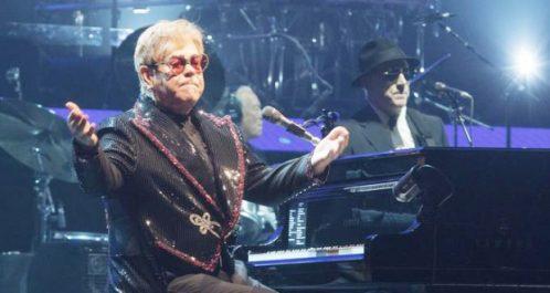 États-Unis : Elton John a inauguré sa grande tournée mondiale d'adieu