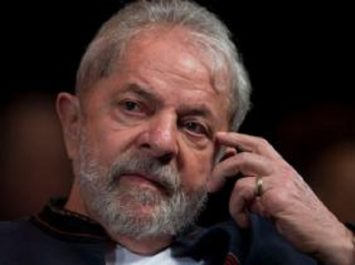 Brésil: Lula «ne va pas renoncer à défendre son innocence»