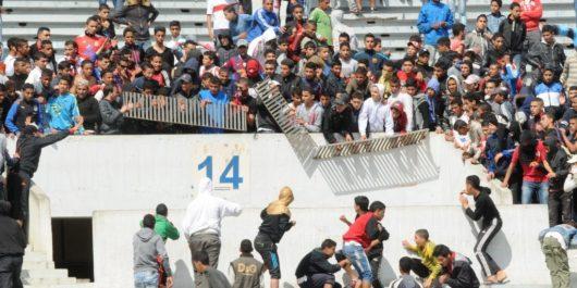 Violence dans les stades: les clubs obligés d'installer un comité de supporters