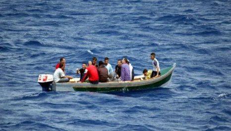 Deux tentatives d'immigration clandestine déjouées à Mostaganem, 13 personnes arrêtées