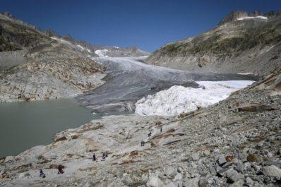 Suisse: les glaciers perdent 2,5% de leur volume en 2018