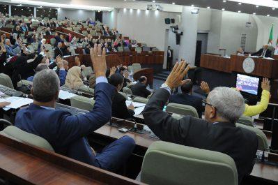 Alors que la crise à l' APN en est à son 20e jour et que la loi de finances est tombée: L'opposition s'accroche à sa neutralité