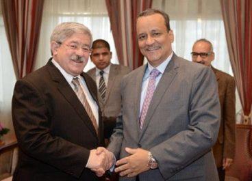 Ouyhahia reçoit le ministre mauritanien des Affaires étrangères