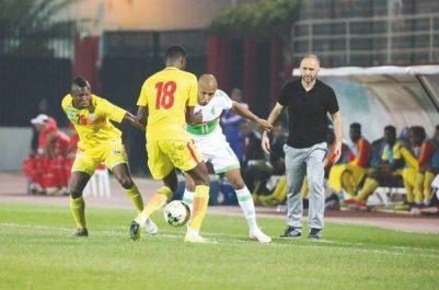 Accréditation des journalistes et photographes pour le match Algérie-Bénin : À quoi joue la FAF ?