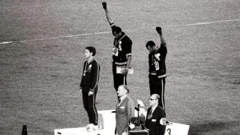 Il y a 50 ans, Tommie Smith et John Carlos levaient le poing à Mexico