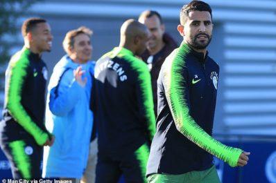 Man City : Mahrez à l'entrainement avant d'affronter Burnley samedi
