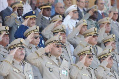 Un ex-ministre évoque les dessous du blocage du parlement et l'affaire des généraux