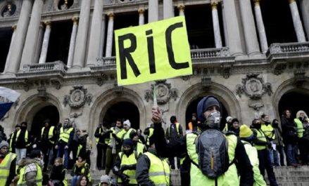 Le référendum d'initiative citoyenne, cheval de bataille des «gilets jaunes»