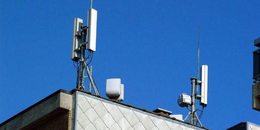 Alger: Ils volaient les batteries des antennes d'opérateurs de téléphonie mobile