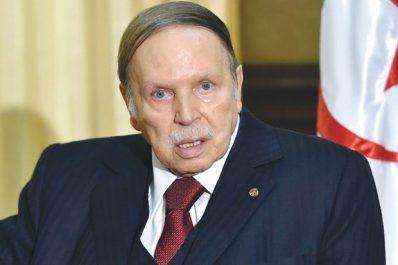 La sécurité de l'Algérie requiert l'unité, l'action et le consensus national (Président Bouteflika)