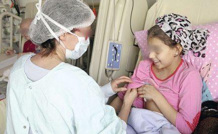 Les oncopédiatres tirent la sonnette d'alarme: Les enfants cancéreux continuent de mourir faute de place