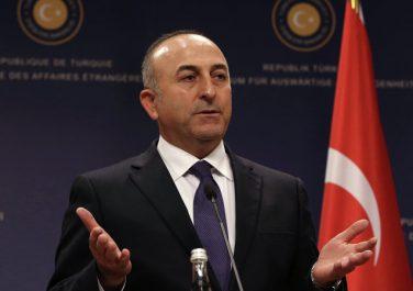 La Turquie menace de nouveau de lancer une offensive en Syrie