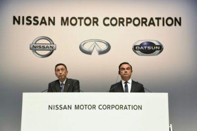 Ghosn reste PDG de Renault, Nissan essaie de choisir un successeur