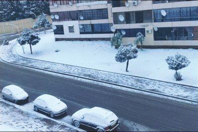 Météo: pluie, neige et verglas au nord du pays